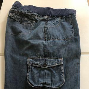 Gap Maternity Cropped Pants